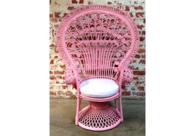 Кресло CRUZO Павлин розовое/натуральный ротанг  - Фото №1